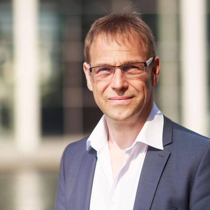 Lars Pillau
